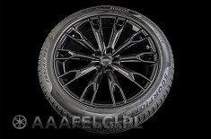 ORIGINAL Audi Sq7 0077 + Pirelli